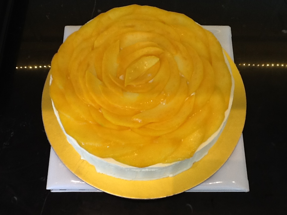 Mango Gateau at Chocolart