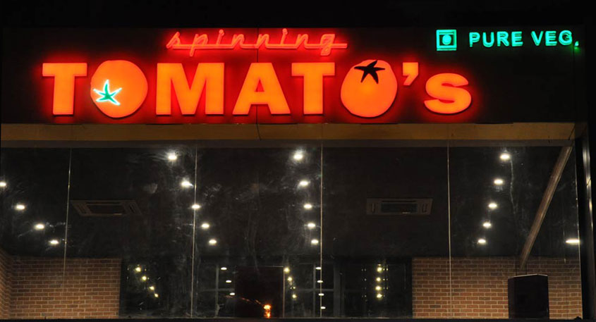Spinning Tomato's - One of a kind restaurant in Ahmedabad